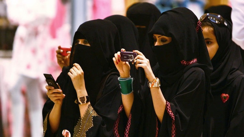 Wommen, Saudi Arabia invites you  to spend your Easter in the Kingdom
